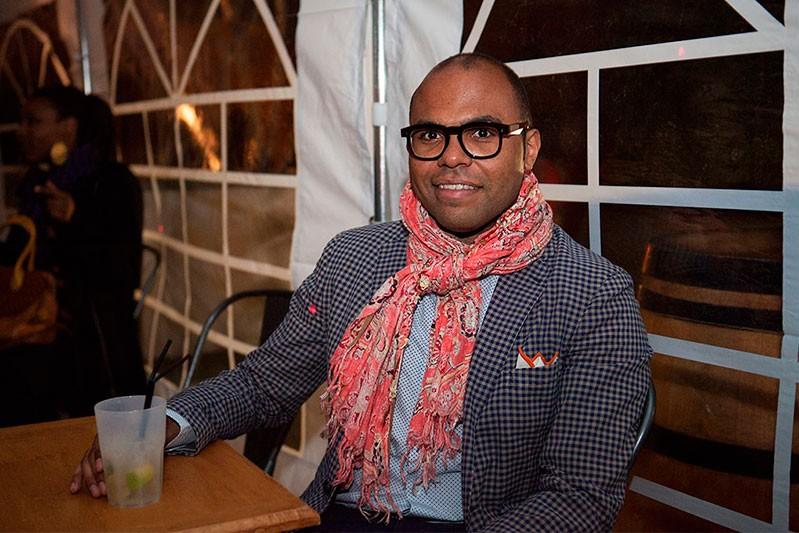 http://helenedres.com/files/gimgs/th-40_03_HDres_Afropolitan.jpg