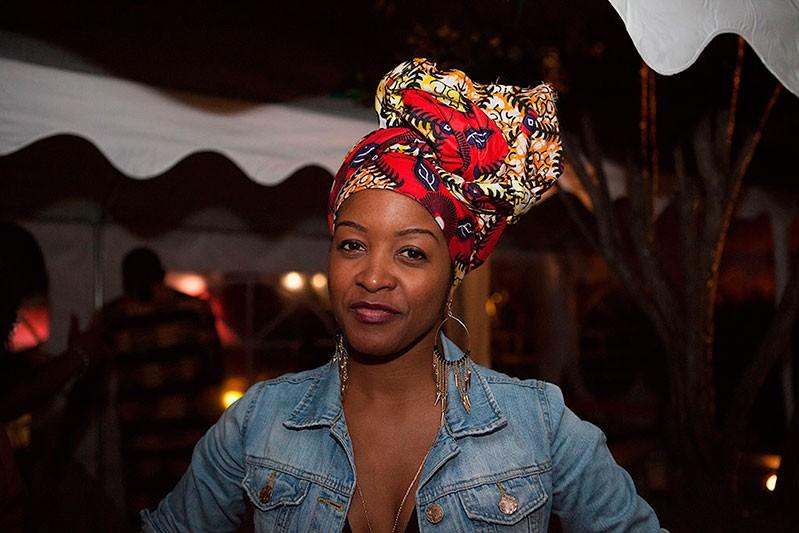 http://helenedres.com/files/gimgs/th-40_04_HDres_Afropolitan.jpg